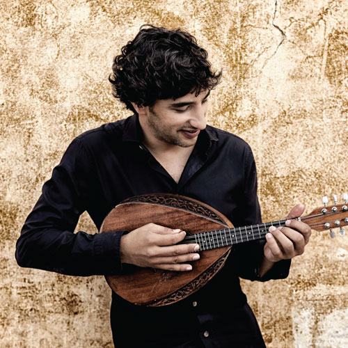 Avi Avital playing mandolin