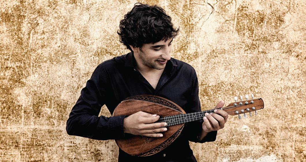 Avi Avital playing mandolin